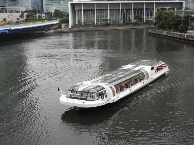 横浜シーバス 乗り場
