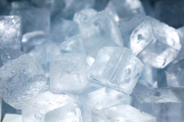 ハンバーグ,氷