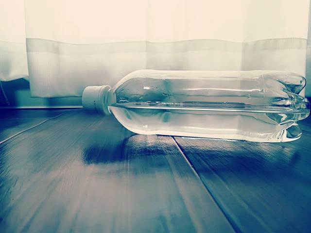ペットボトルの水,体に悪い